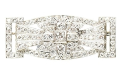AN EXCEPTIONAL ART DECO DIAMOND BROOCH CIRCA 1925 OF RECTANGULAR GEOMETRIC PANEL FORM SET THROUGHOUT WITH OLD CUT AND BRILLIANT CUT DIAMONDS TO PIERCED