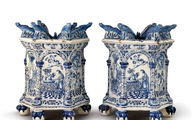 A RARE PAIR OF DUTCH DELFT BLUE AND WHITE TULIPIERE PEDESTALS, LATE 17TH CENTURY