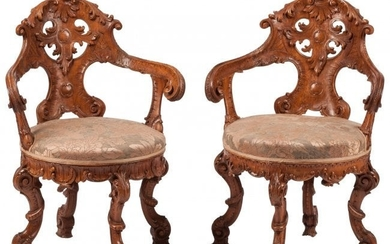 74345: A Pair of Venetian Rococo-Style Carved Wood Armc