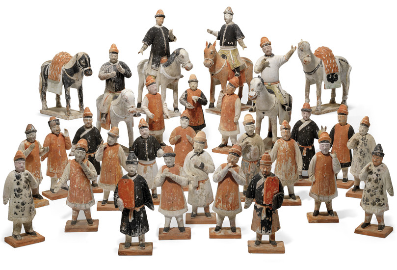 A GROUP OF TWENTY-NINE PAINTED POTTERY FIGURES, MING DYNASTY (1368-1644)