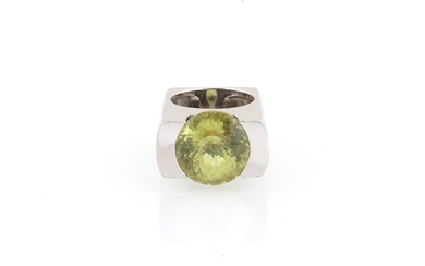 Chrysoberyll Ring ca. 17 ct
