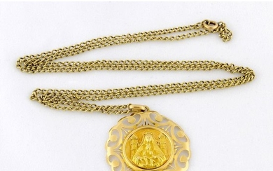 58 cm. 9,90 gr. - 18 kt. Yellow gold - Necklace with pendant