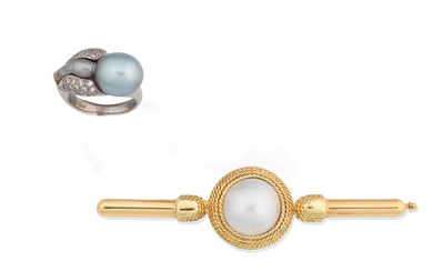 A cultured pearl ring and a cultured mabé pearl brooch