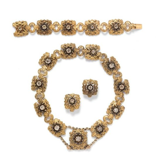An 18 Karat Yellow Gold and Diamond Parure, Mario