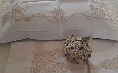 Museum-quality extra pure 100% linen sheet with cutwork and satin stitch embroidery, entirely handmade