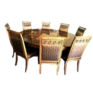 Henredon Round Dining Table And Chairs