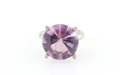 Brillant Amethyst Ring
