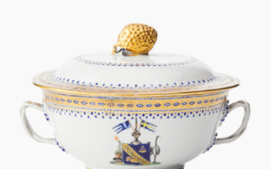 A Chinese sauce tureen and cover with a Swedish crest