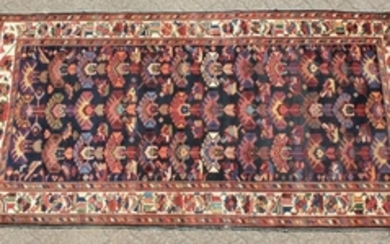 A LARGE PERSIAN CARPET, ZIEGLER MAHAL. 12ft 5in x 7ft 1
