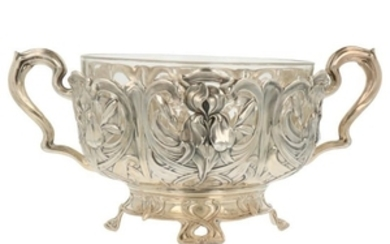 Rozenschaal with Jugendstil patterned decorations and partly openwork side. silver.