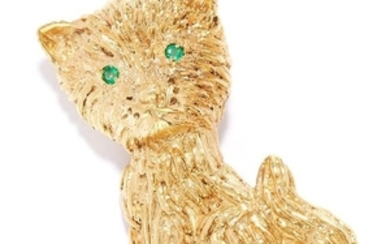 EMERALD NOVELTY CAT BROOCH in high carat yellow gold,