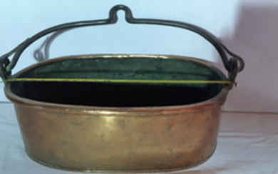 COPPER CAULDRON WITH HAND FORGED IRON HANDLE
