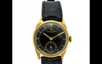 IWC Gent's 18K gold wristwatch 1940s/1950s Dial, movement and...