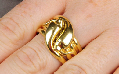 A late Victorian 18ct gold double snake ring.Hallmarks
