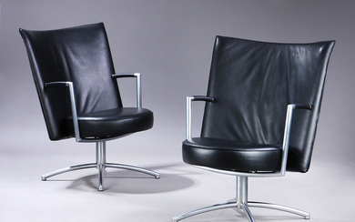 Johannes Foersom & Peter Hjort-Lorentzen. A pair of Partner Lounge chairs/office chairs, model EJ-70, large model. (2)