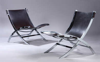Antonio Citterio for Flexform. A pair of 'Scissor' lounge chairs. (2)