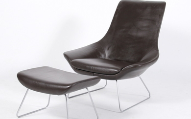 Walter Knoll. 'Flow Chair' with footstool (2)