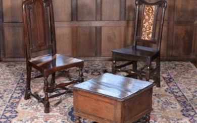 Two similar William III oak hall chairs, circa 1700