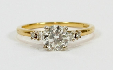 0.90CT SOLITAIRE DIAMOND 18 KT YELLOW GOLD RING