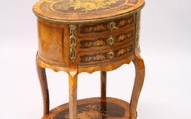 A 19TH CENTURY FRENCH KINGWOOD, MARQUETRY AND ORMOLU