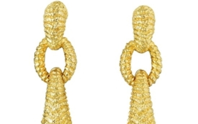 A Pair of Textured Gold Link Drop Earrings