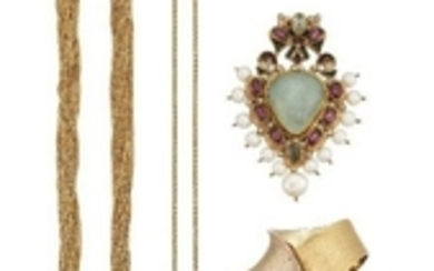 A collection of jewellery, comprising: an Italian...