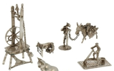 (5) Lot miniatures