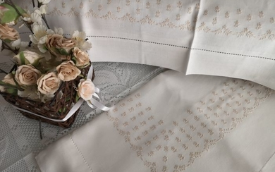 Pure linen sheet embroidery stitch full by hand - Linen - After 2000