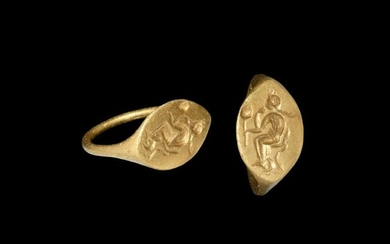 Greek Hellenistic Gold Ring with Aphrodite