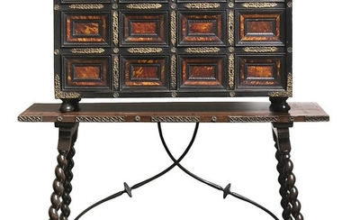 Spanish Baroque-style desk in ebonized wood with gilt bronze applications and tortoiseshell plaques, 19th Century.