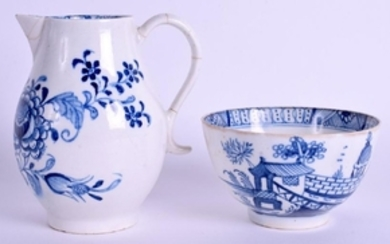 AN 18TH CENTURY LIVERPOOL BLUE AND WHITE SPARROWBEAK