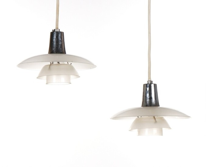 "Poul Henningsen: ""PH-2/1"". A pair of pendants with frosted glass shades, shadeholder stamped P.H.-1, Patented. Louis Poulsen. 1940's. Diam. 20 cm. (2)"