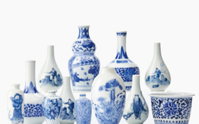 Twelve miniature Chinese blue and white vessels