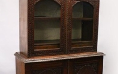 A GOOD 19TH CENTURY ANGLO INDIAN PADAUK WOOD CUPBOARD