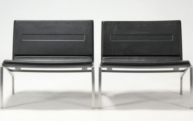Piero Lissoni. A pair of lounge chairs, model PL200 (2)