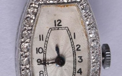 AN ART DECO 19CT GOLD AND DIAMOND COCKTAIL WATCH. 1.5
