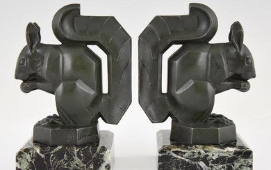 Max Le Verrier - Pair of Art Deco 'Squirrels' bookends