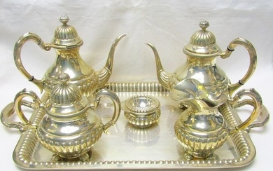 Coffee and tea service - .915 silver - 2.725 gr.- Spain - First half 20th century
