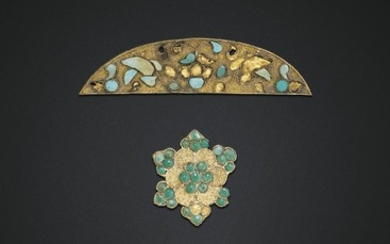THREE TURQUOISE-INLAID GOLD ORNAMENTS, TANG DYNASTY (AD 618-907)