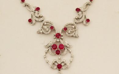 18K DIAMOND AND RUBY PENDANT NECKLACE