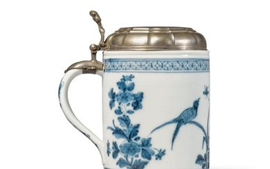 A MEISSEN BLUE AND WHITE SILVER-MOUNTED TANKARD CIRCA 1735-40