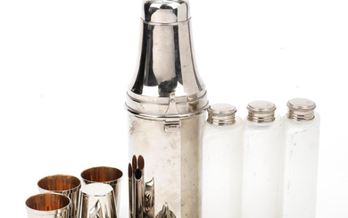 A travelling cocktail shaker set for four persons, 1930s,