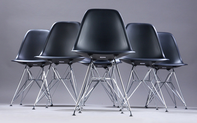 Charles Eames. A set of six chairs, model DSR (6)