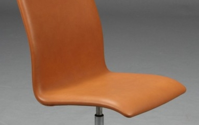 Arne Jacobsen. Oxford office chair/conference chair
