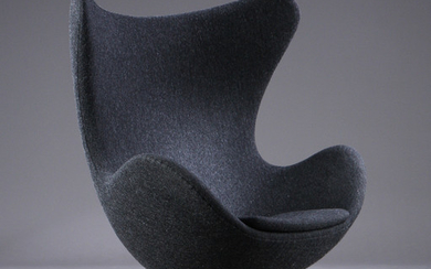 Arne Jacobsen. 'The Egg', early model, 1960s, lounge chair with 'Charcoal 180' wool