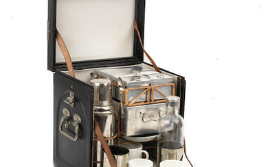A cased 'En Route' drinks set for two persons by Drew & Sons of Piccadilly, circa 1909,