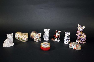 Lot Art Royal Crown Derby Cat Paperweights 7 Boxed Cats Including Thomas Silver Tabby With Certificate Clover Cat With Certificate Contented Cat Majestic Kitten