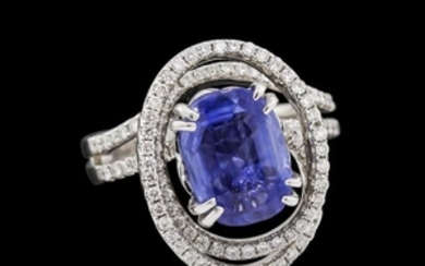 4.72 ctw Blue Sapphire and Diamond Ring - 18KT White