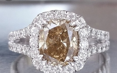 2.80ct Natural Fancy Intense Orangy Brown / VS1 - 14 kt. White gold - Ring - Diamonds