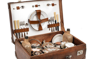 A cased picnic set for four persons by Drew & Sons, circa 1909,